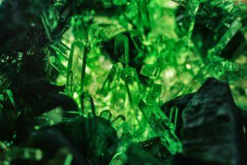 emerald green wallpaper stock.
